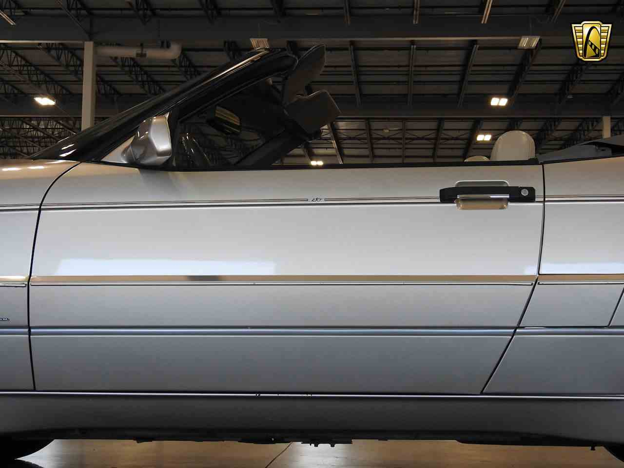 Large Picture of 1993 Cadillac Allante located in Wisconsin Offered by Gateway Classic Cars - Milwaukee - MDHG