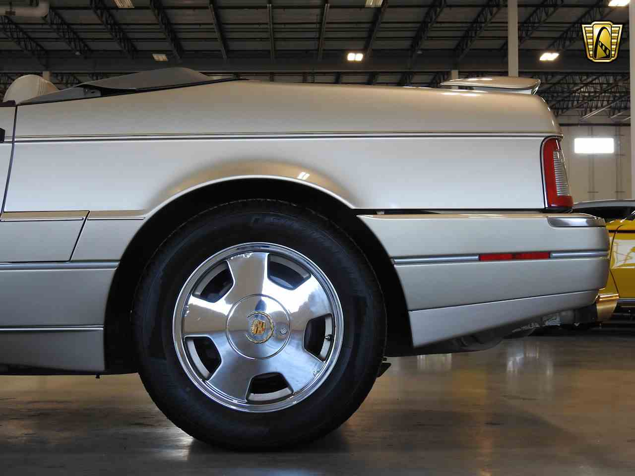 Large Picture of '93 Cadillac Allante Offered by Gateway Classic Cars - Milwaukee - MDHG