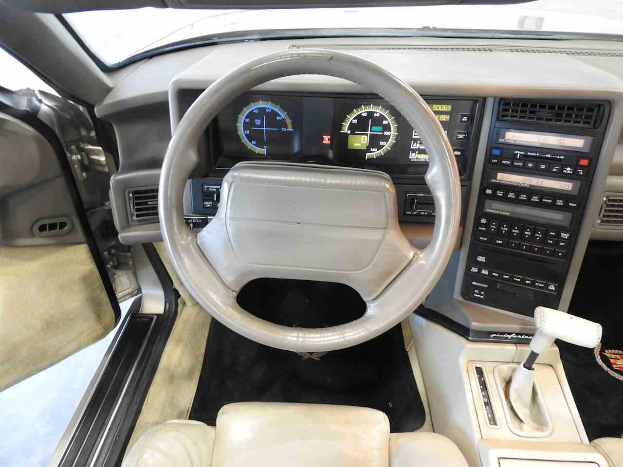 Large Picture of 1993 Allante located in Wisconsin Offered by Gateway Classic Cars - Milwaukee - MDHG