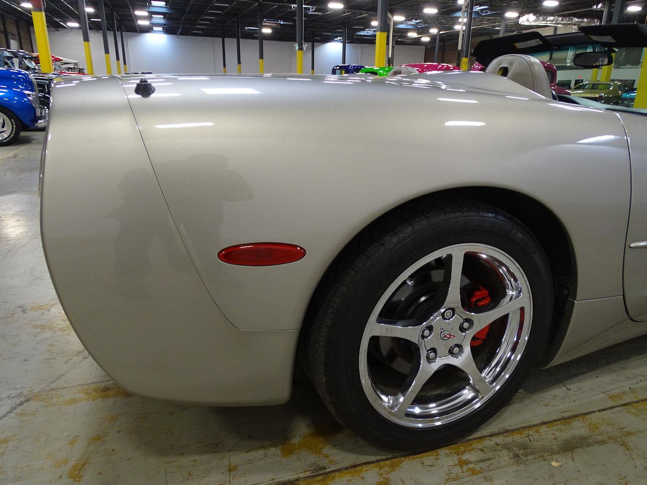 Large Picture of 1999 Chevrolet Corvette - MDHY