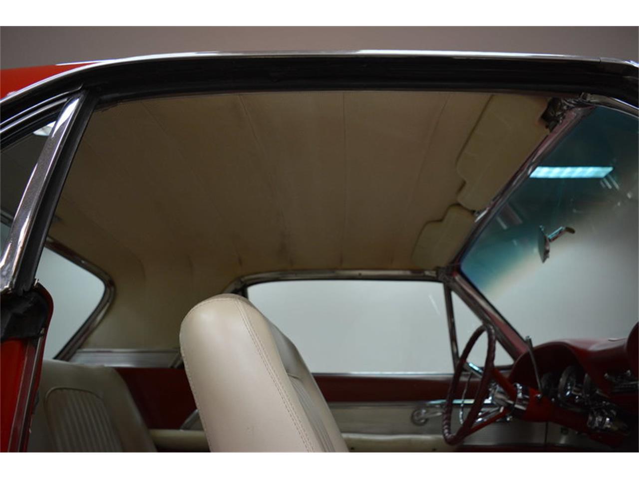 Large Picture of '61 Thunderbird - MDKE