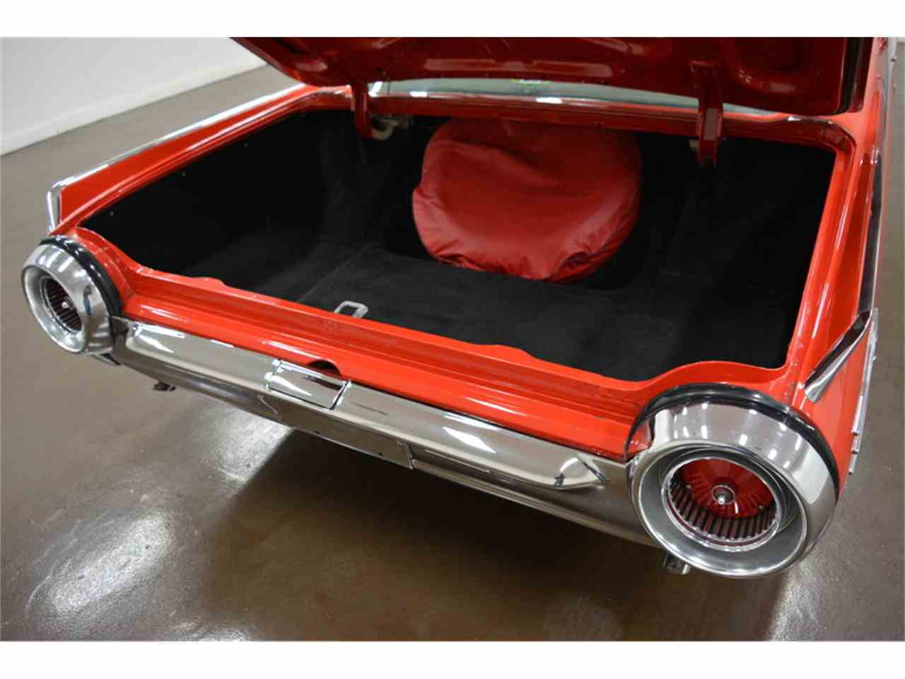 Large Picture of '61 Thunderbird - MDKE