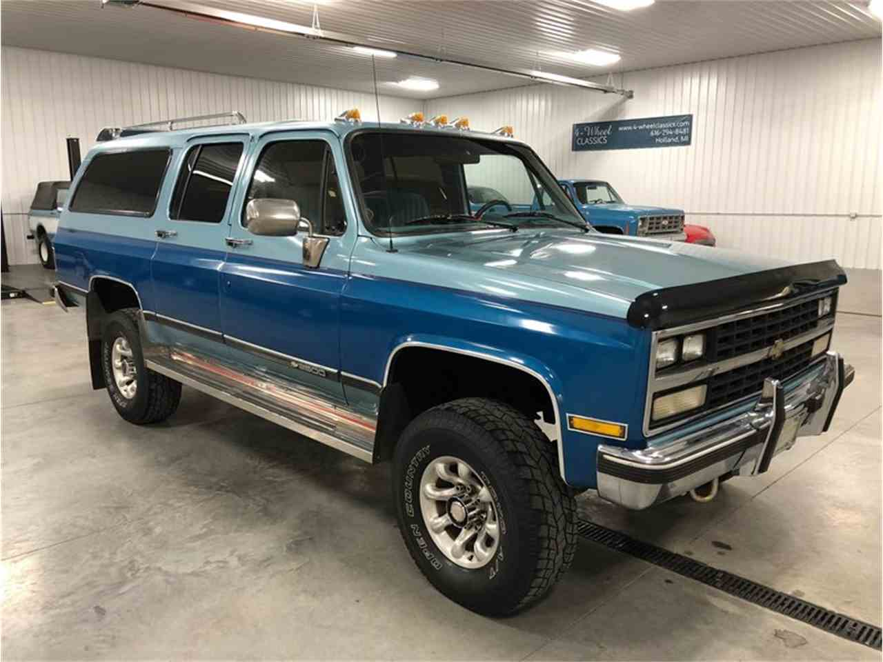 Large Picture of '89 Suburban - $14,900.00 - MDKX