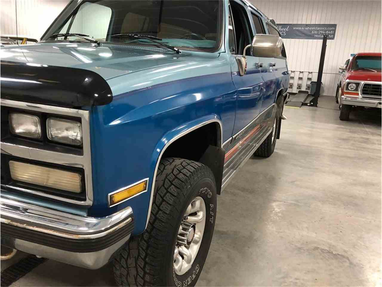 Large Picture of 1989 Suburban - $14,900.00 Offered by 4-Wheel Classics - MDKX