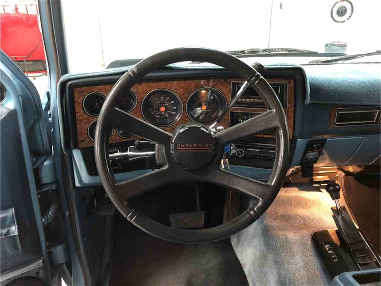 Large Picture of '89 Suburban Offered by 4-Wheel Classics - MDKX