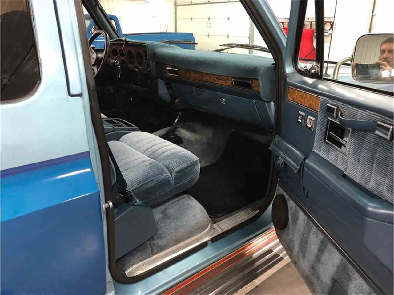 Large Picture of 1989 Suburban - $14,900.00 - MDKX