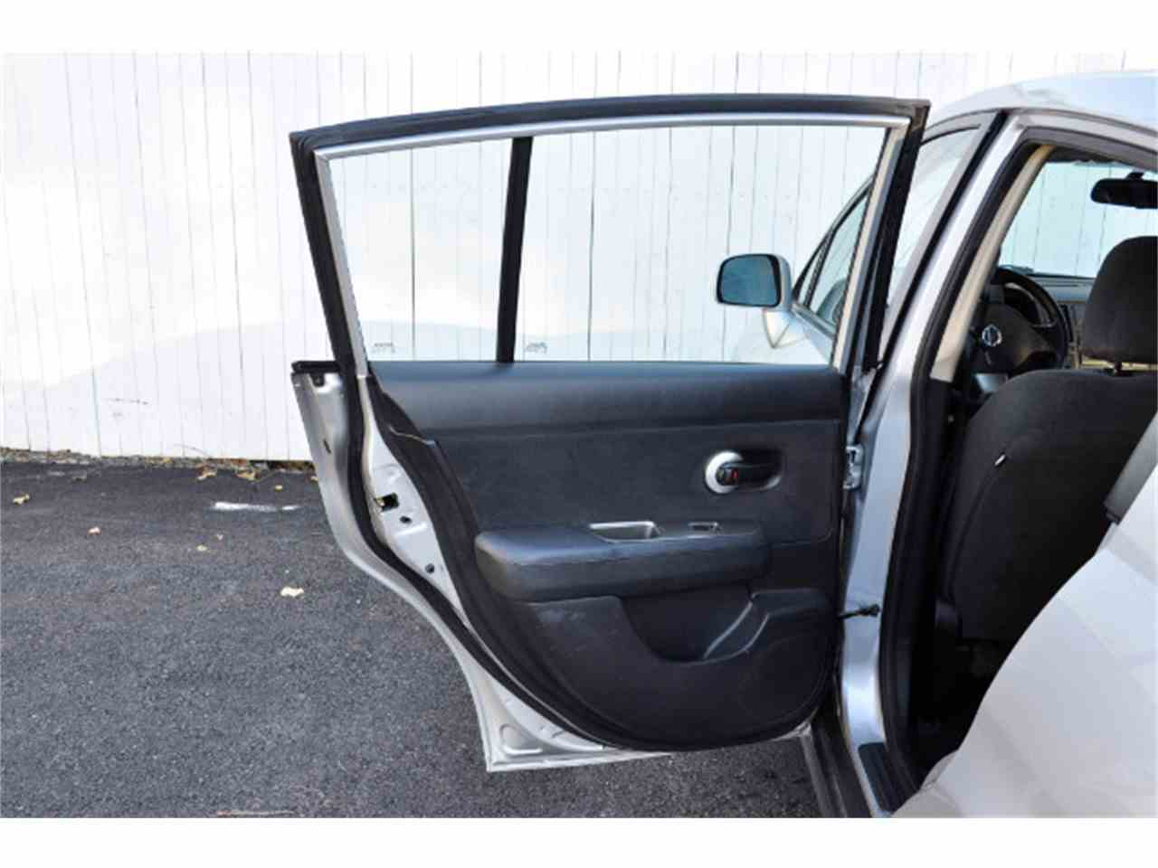 Large Picture of 2011 Nissan Versa Offered by Horseless Carriage - MDL5