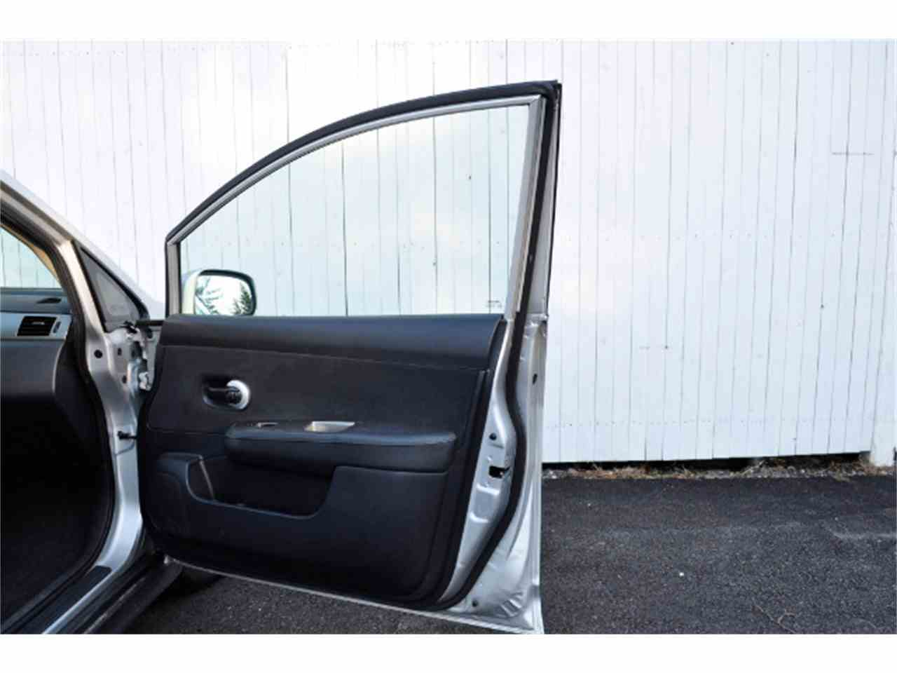 Large Picture of 2011 Nissan Versa located in New Hampshire - $3,995.00 - MDL5