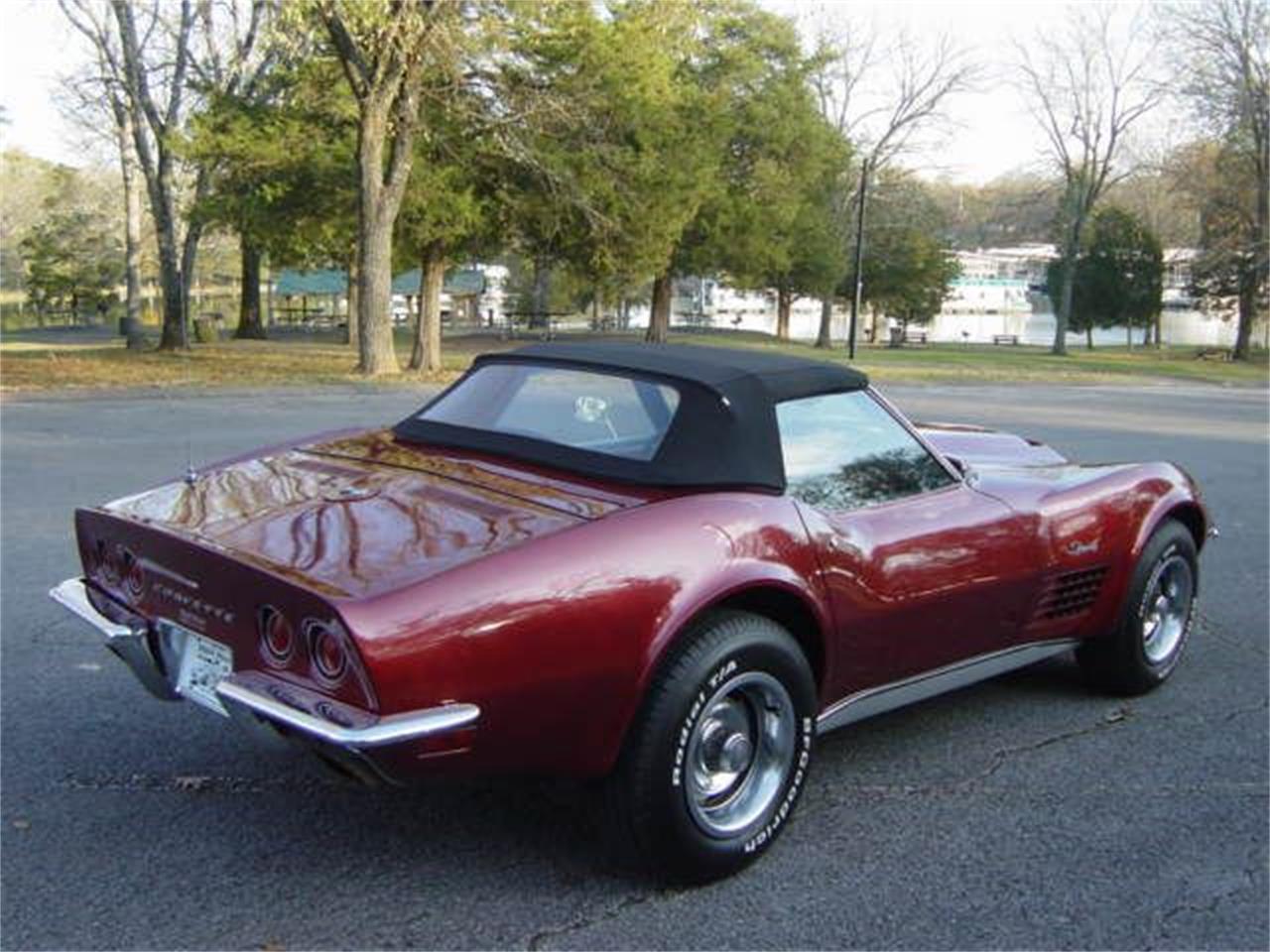 Large Picture of '70 Corvette - MDLT