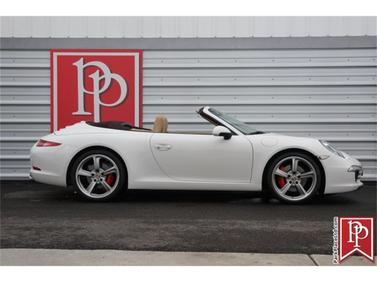 Large Picture of '12 911 - MASH
