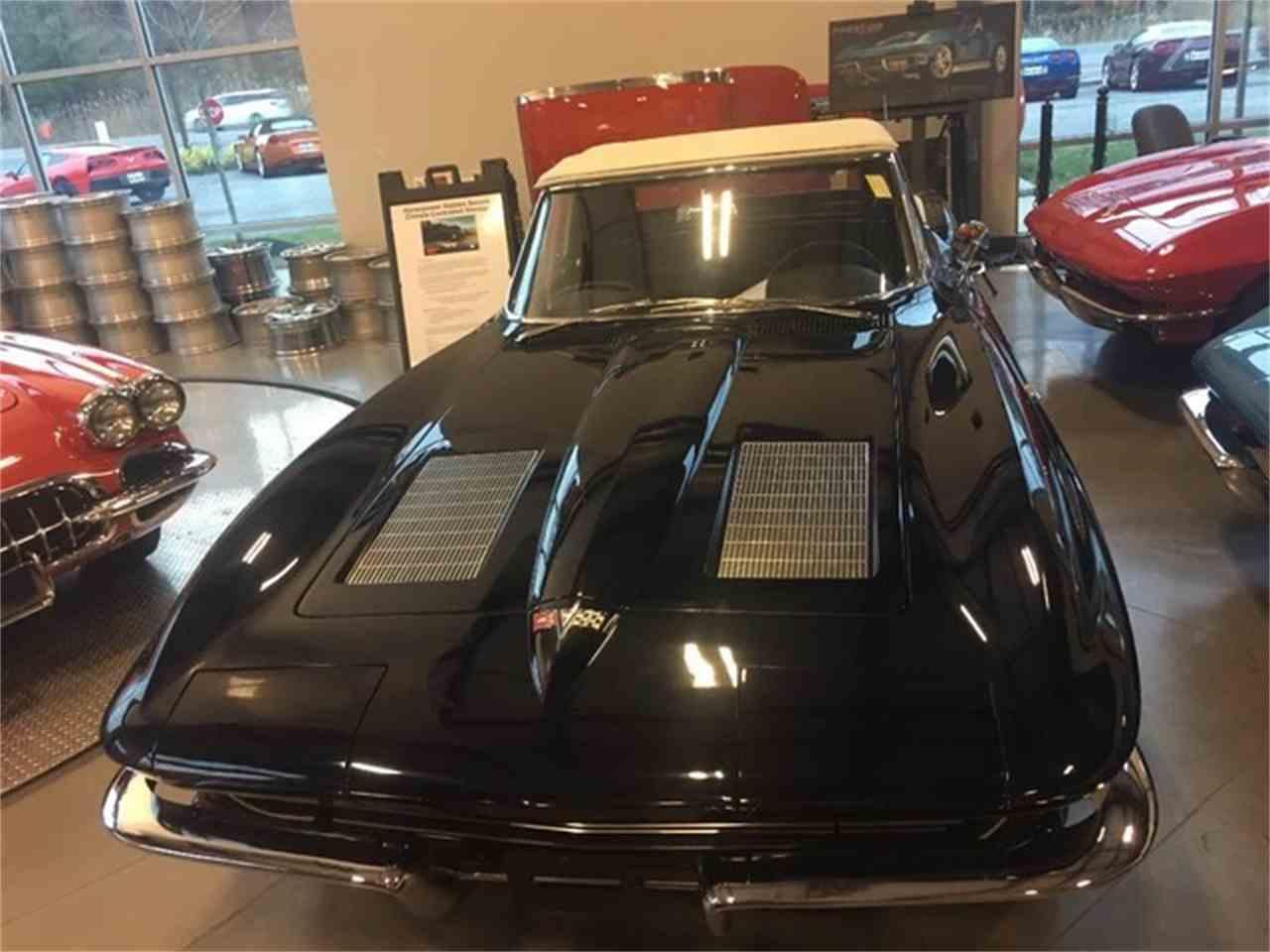 Large Picture of '63 Corvette - MDUE
