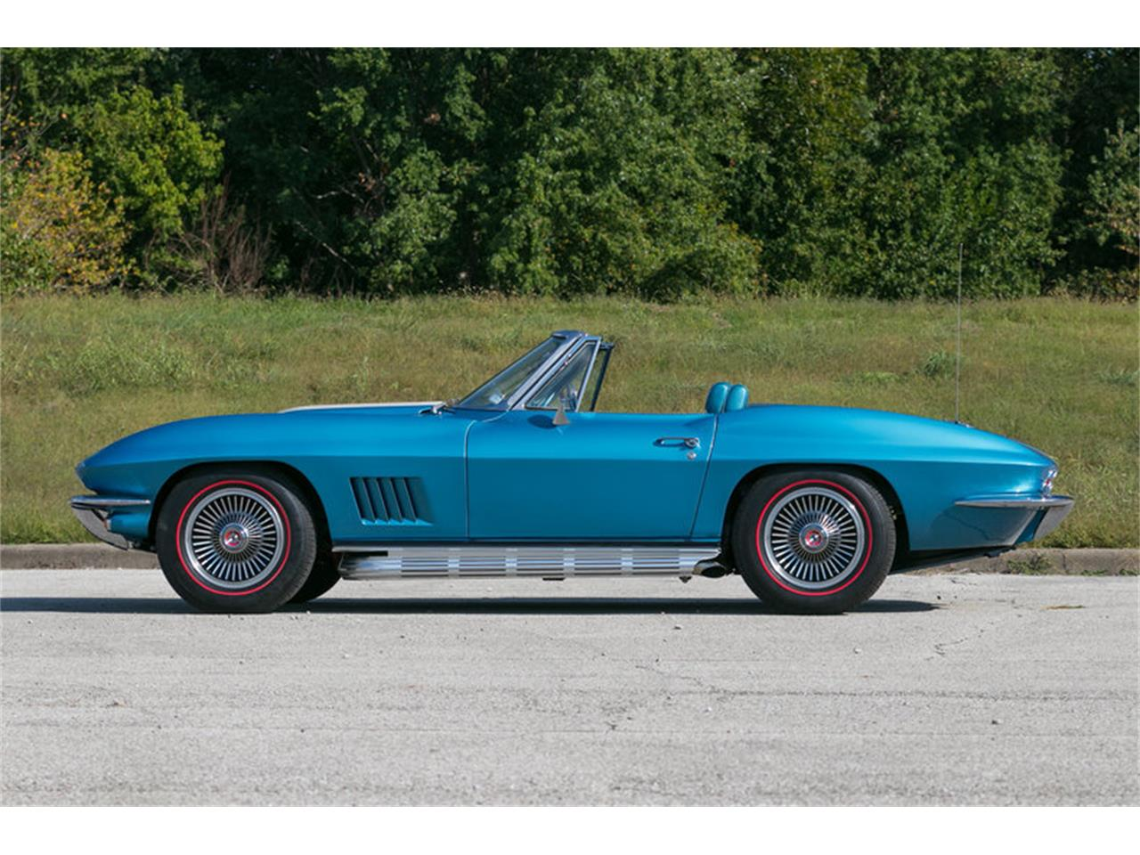 Large Picture of Classic 1967 Chevrolet Corvette located in St. Charles Missouri Offered by Fast Lane Classic Cars Inc. - MDUJ