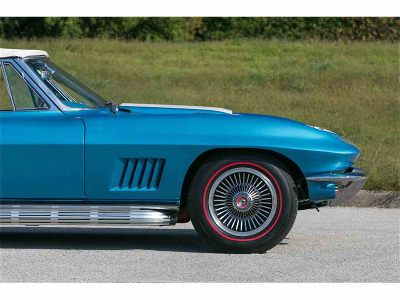 Large Picture of '67 Corvette - MDUJ