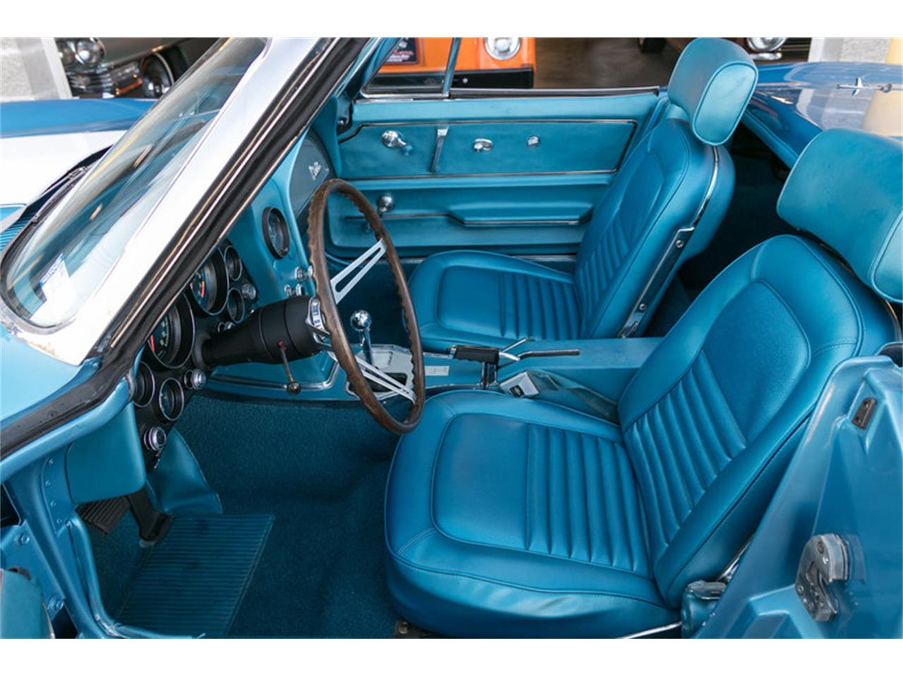 Large Picture of Classic '67 Corvette located in St. Charles Missouri Offered by Fast Lane Classic Cars Inc. - MDUJ