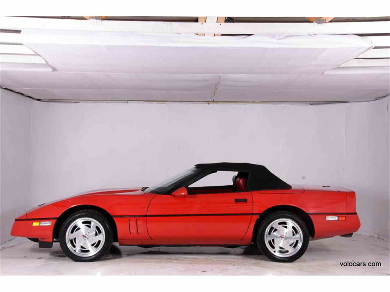 Large Picture of '89 Chevrolet Corvette Offered by Volo Auto Museum - MDVF