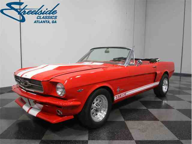Picture of '66 Mustang Convertible Resto-Mod - MDW5