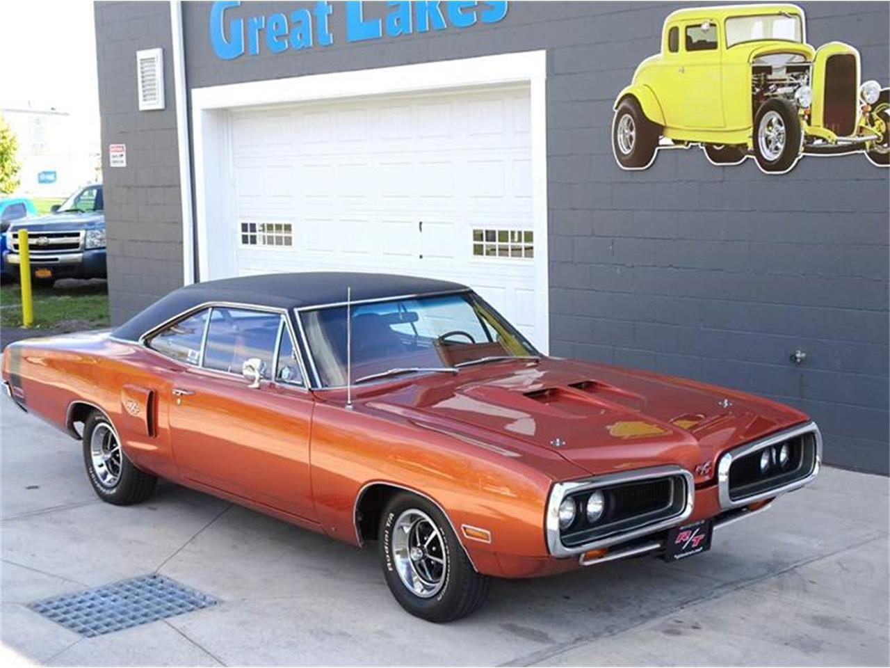 Large Picture of '70 Coronet Offered by Great Lakes Classic Cars - MAT8