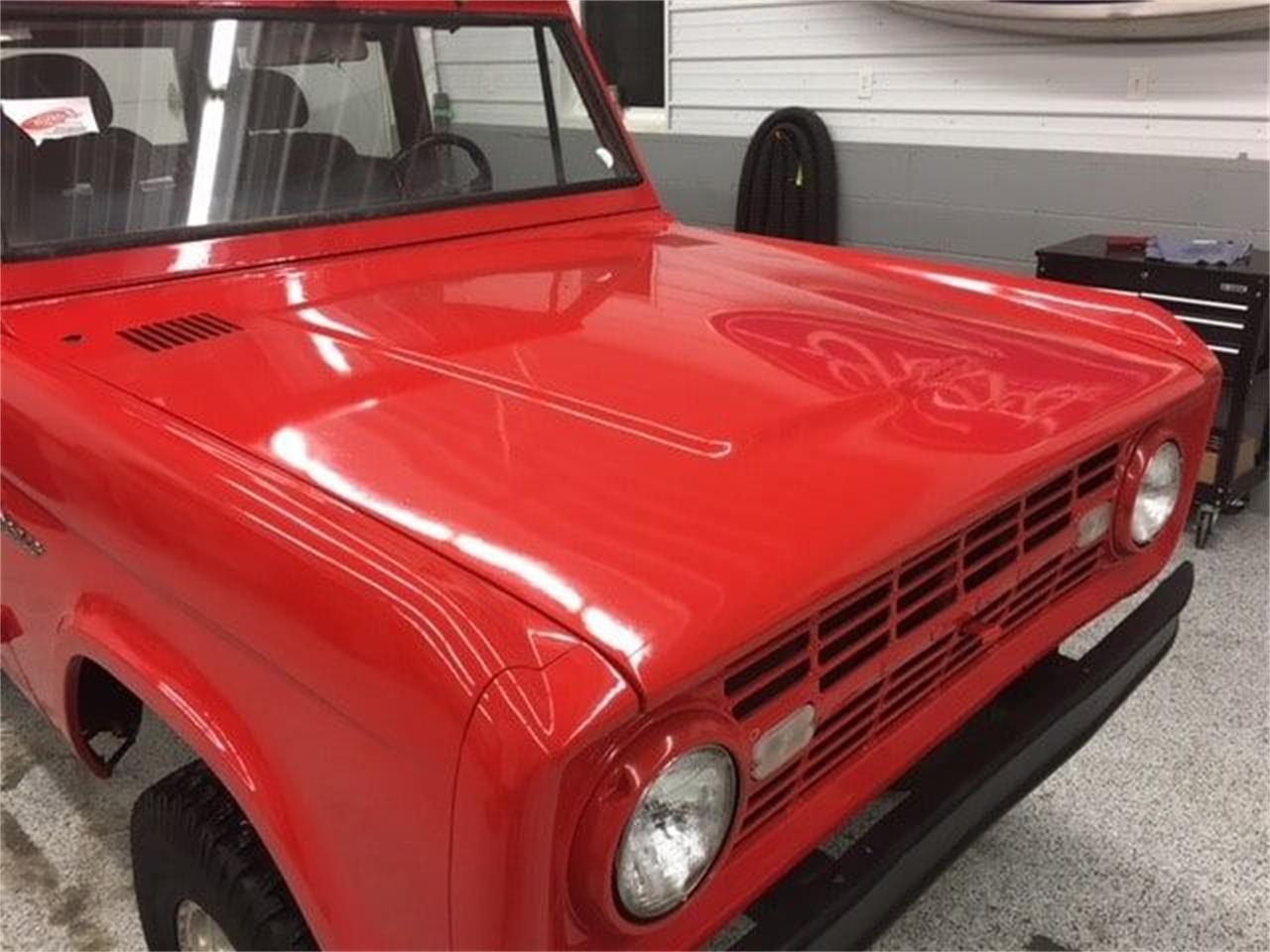 Large Picture of '68 Ford Bronco - MDYH