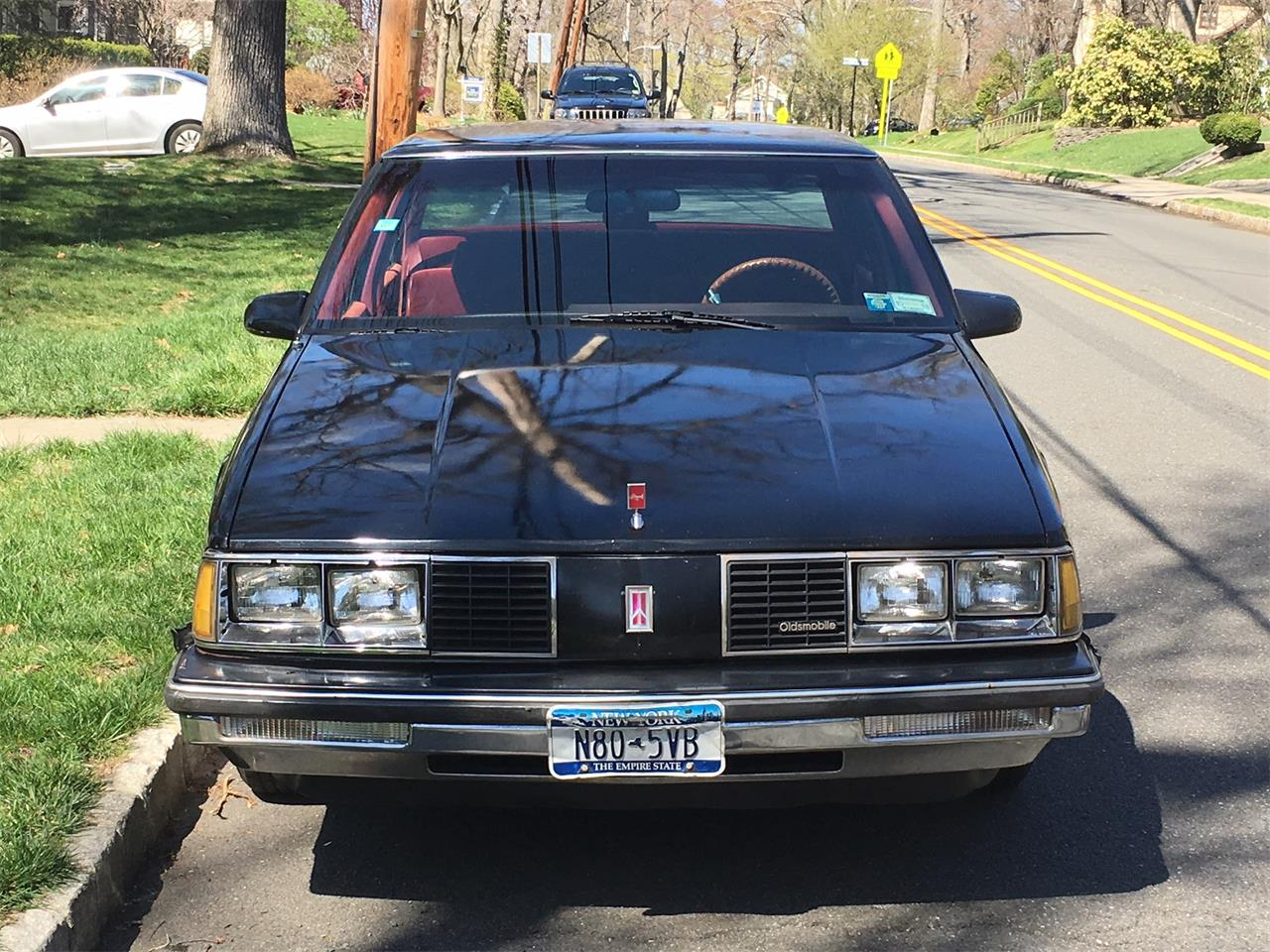 Large Picture of '86 Oldsmobile Delta 88 Royale - ME24
