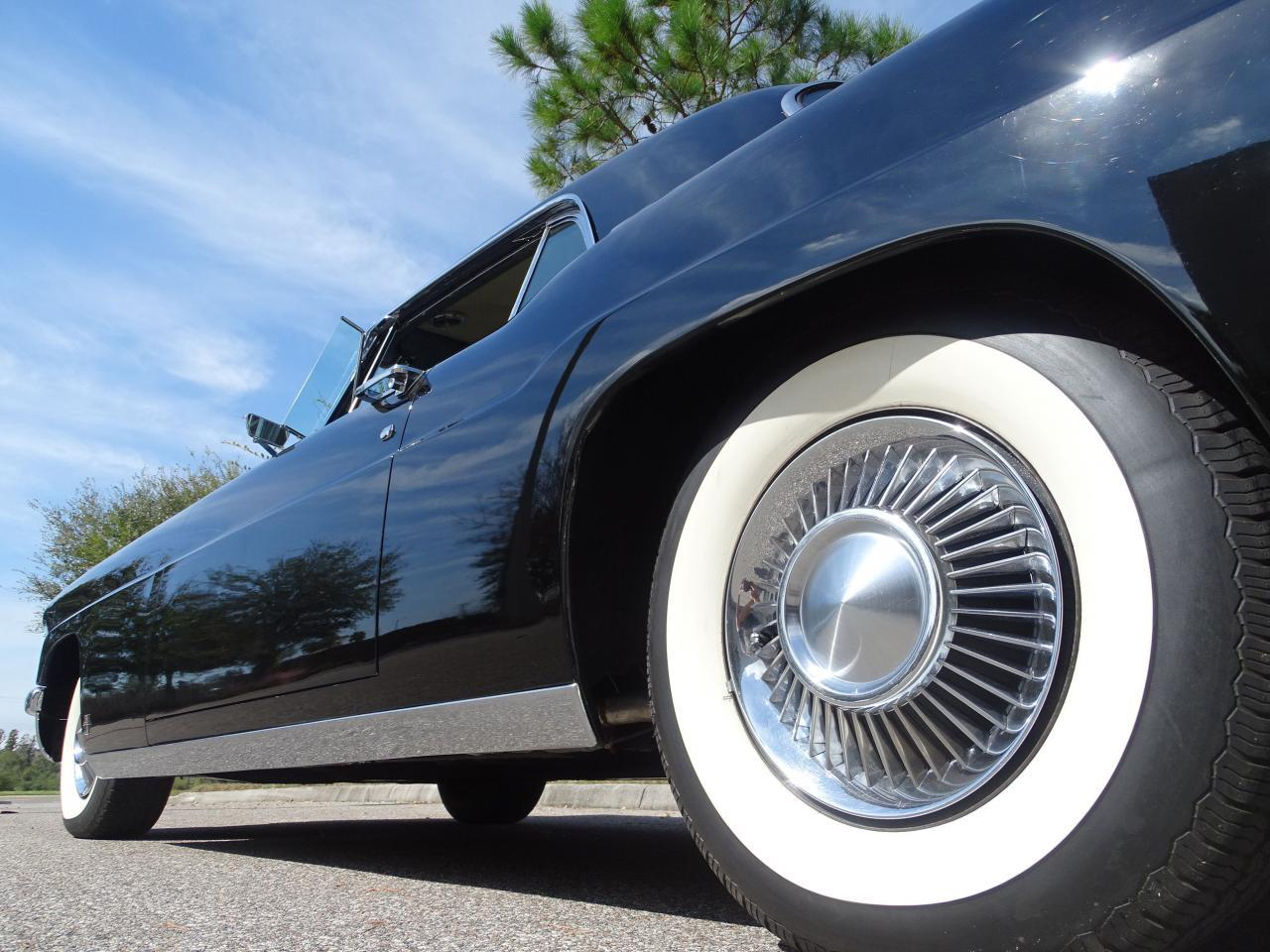 Large Picture of Classic 1956 Lincoln Continental located in Florida - $55,000.00 - ME5D