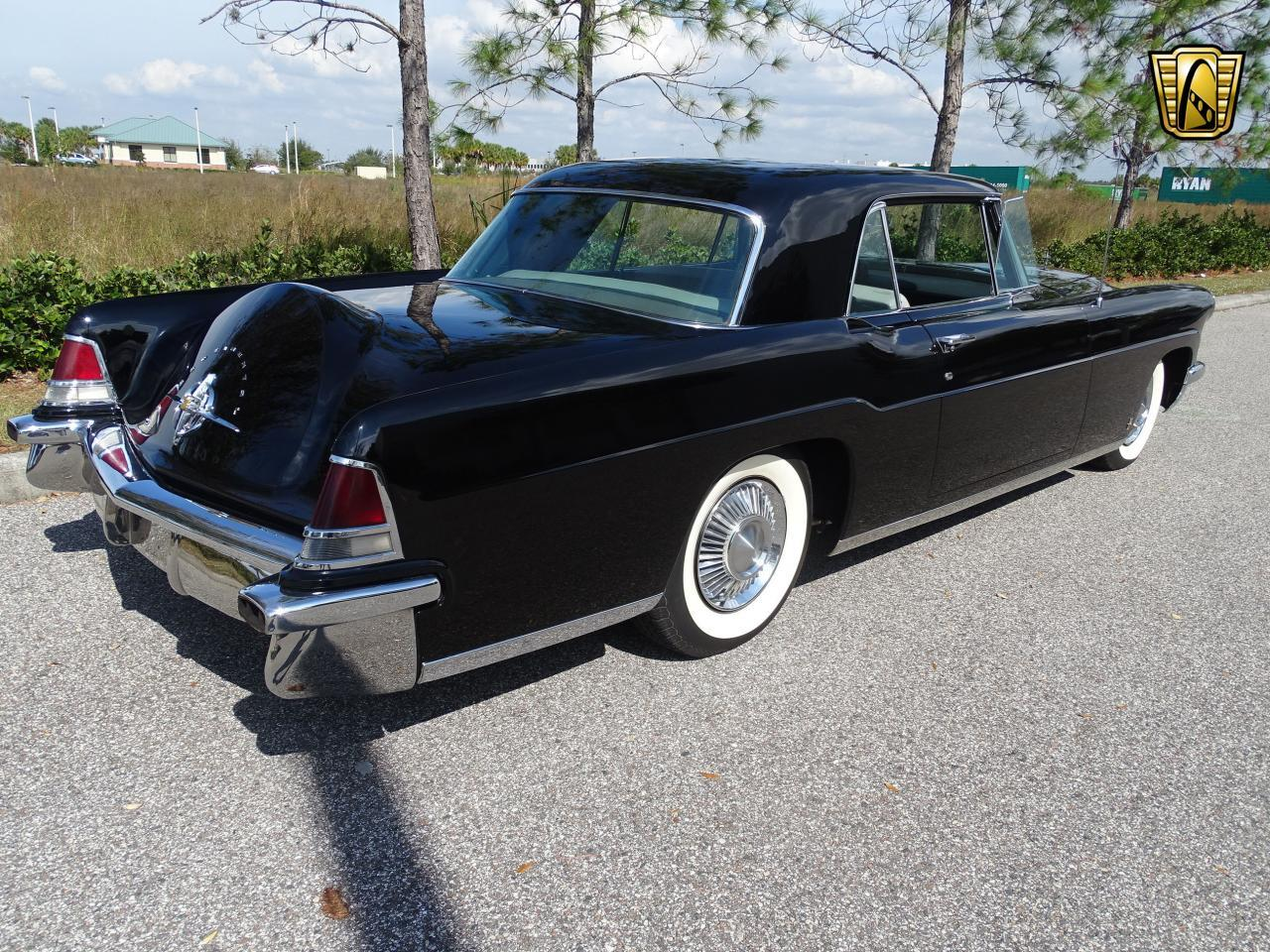 Large Picture of Classic 1956 Lincoln Continental located in Ruskin Florida - ME5D