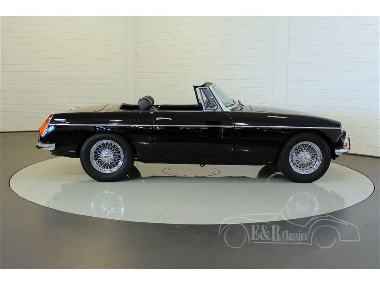 Large Picture of '72 MGB - MEAC