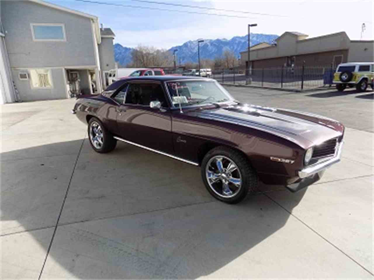 Large Picture of '69 Camaro - MECV