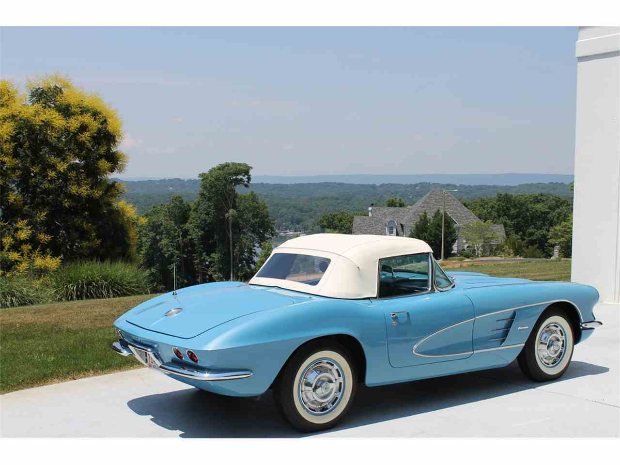 Large Picture of Classic '61 Corvette located in Chattanooga Tennessee Offered by a Private Seller - MEGZ