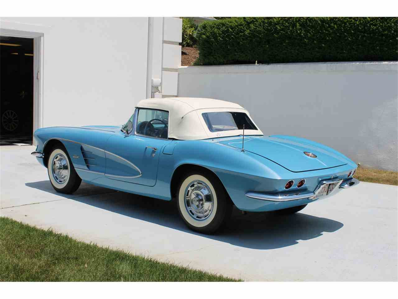 Large Picture of Classic '61 Chevrolet Corvette Offered by a Private Seller - MEGZ