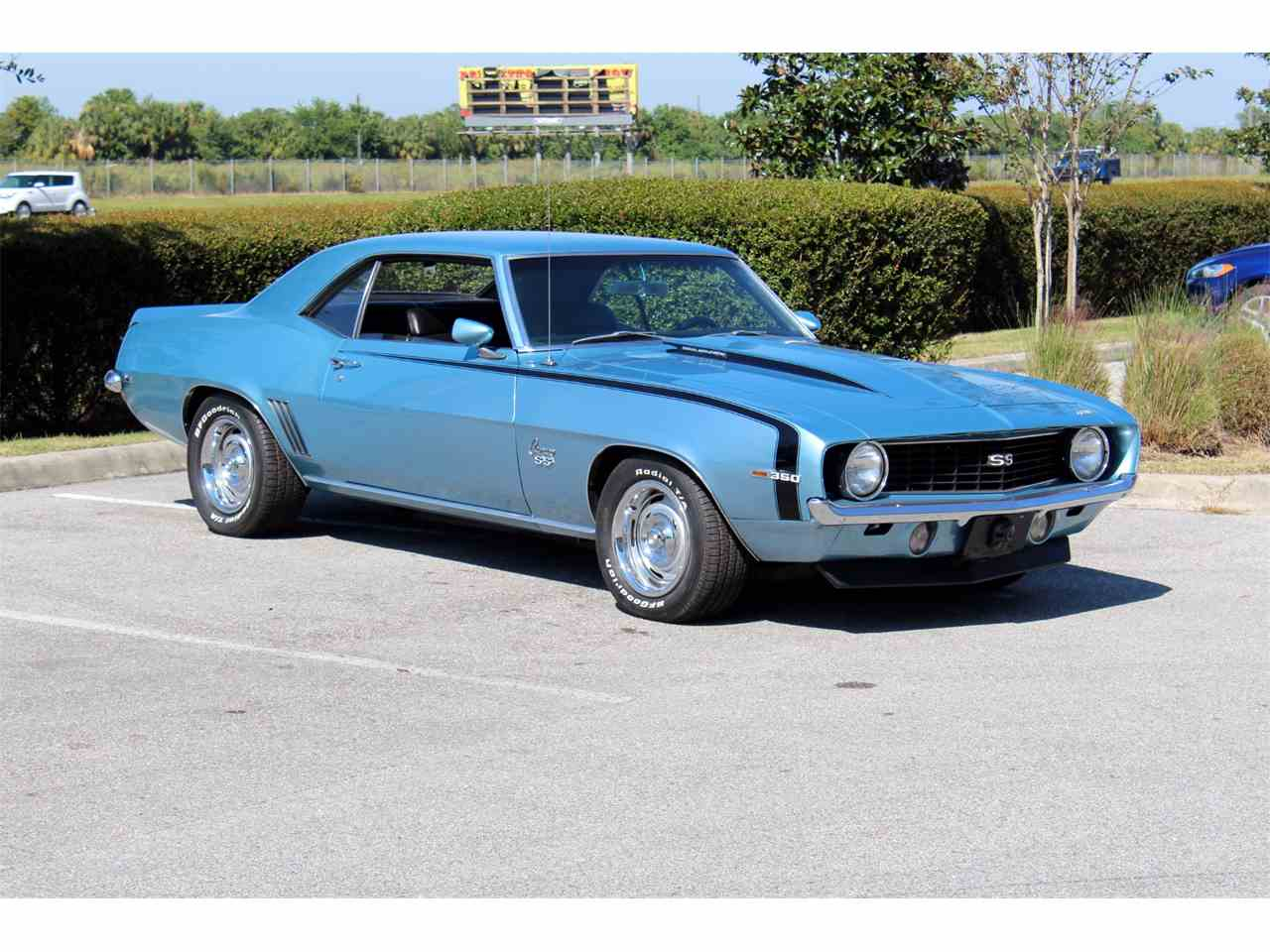 Large Picture of Classic '69 Camaro - $32,900.00 - MEI1