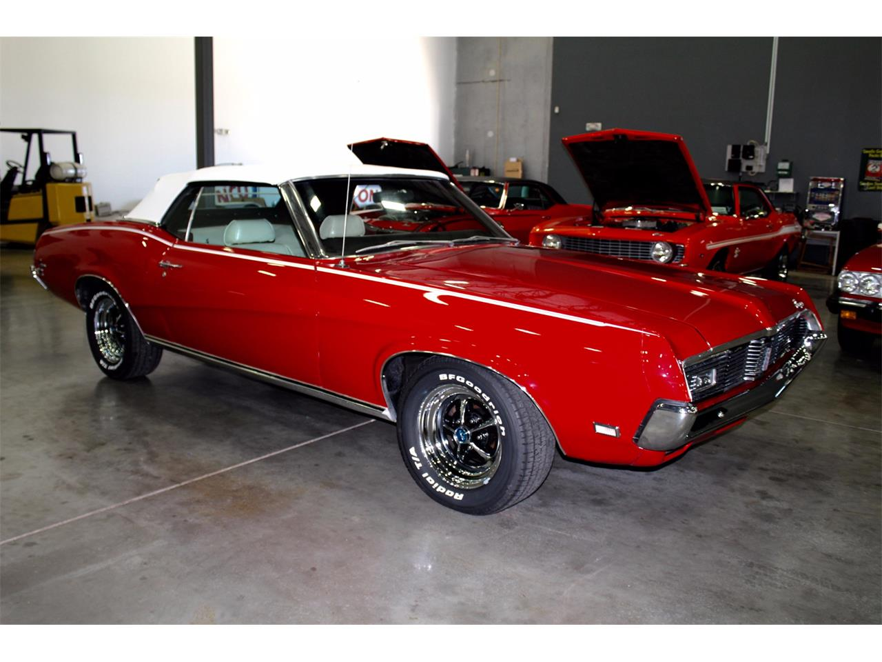Large Picture of '69 Cougar - MEIR