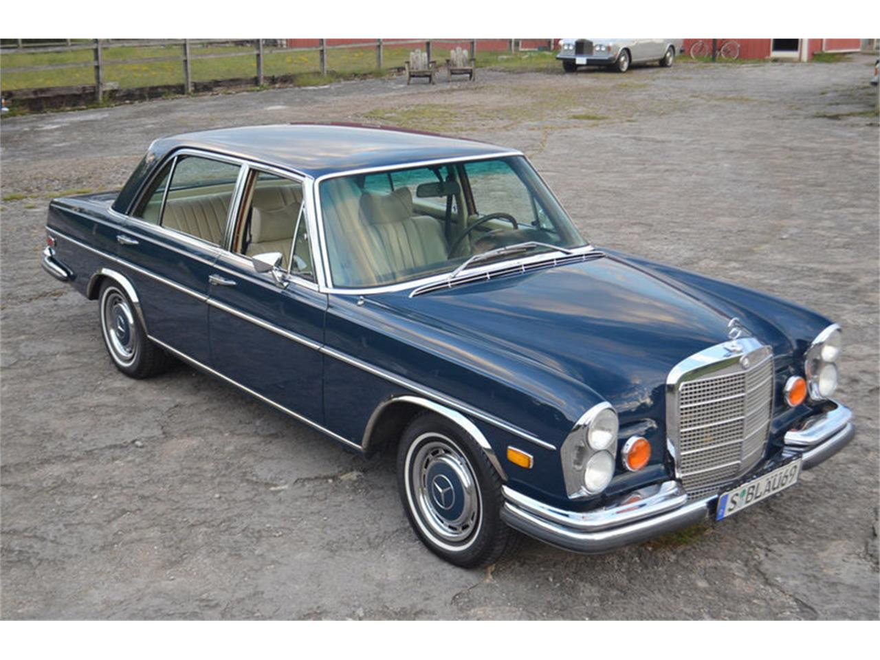 Large Picture of 1969 Mercedes-Benz 300SEL located in Tennessee - MEJ6