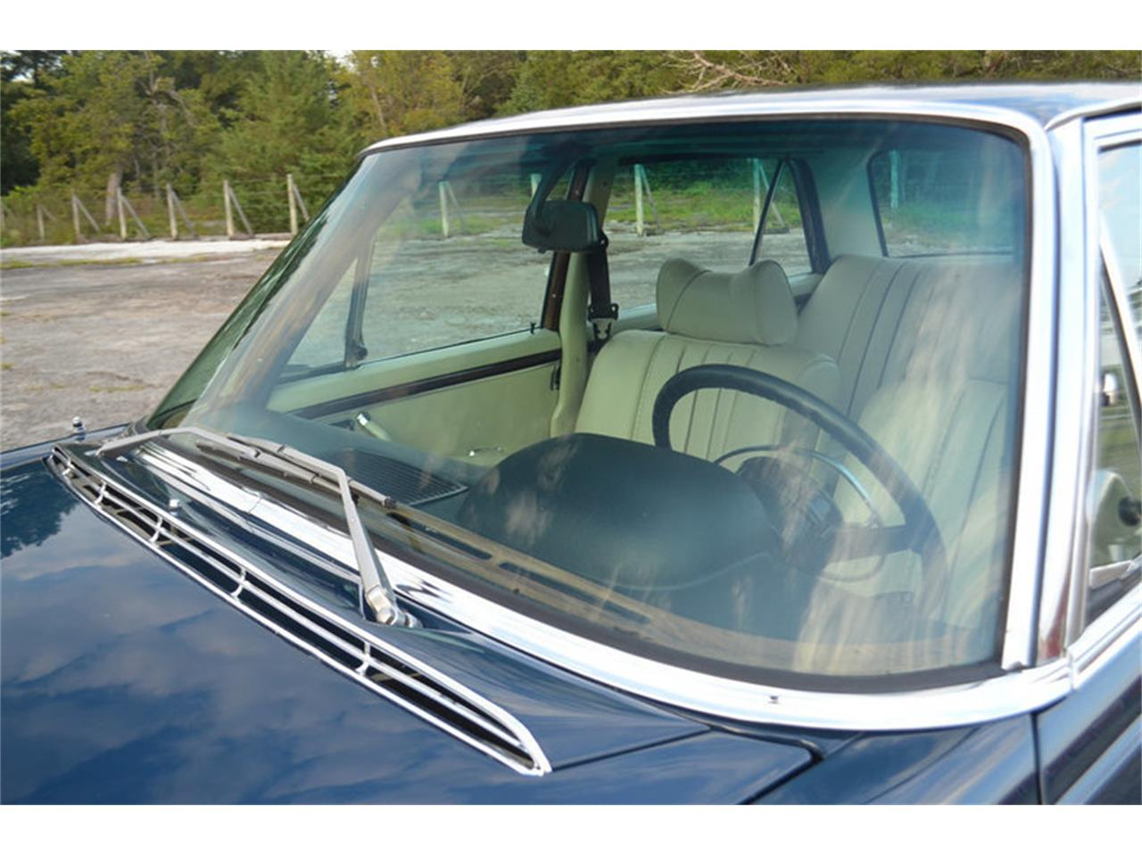 Large Picture of '69 300SEL located in Lebanon Tennessee Offered by Frazier Motor Car Company - MEJ6