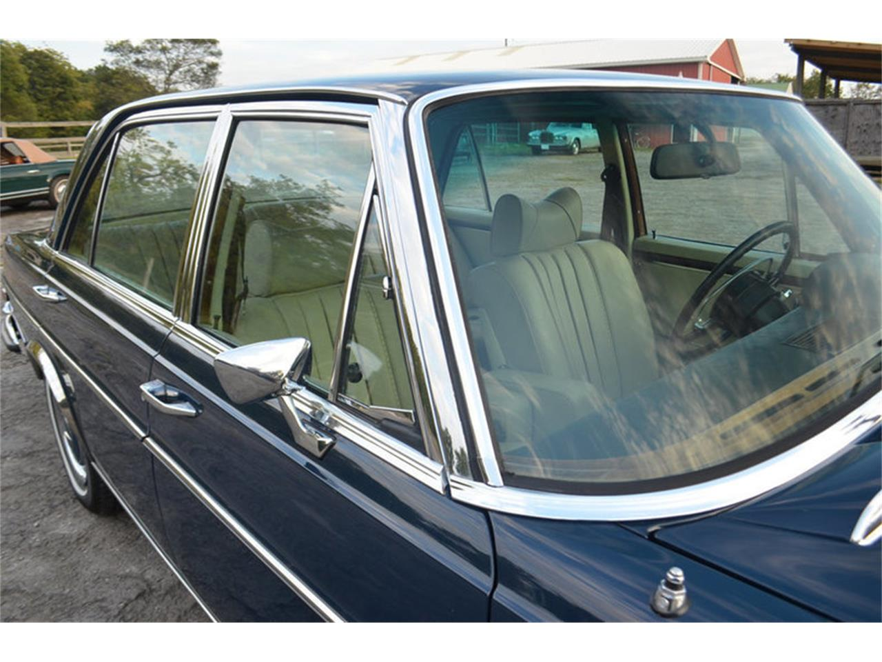 Large Picture of '69 300SEL Offered by Frazier Motor Car Company - MEJ6