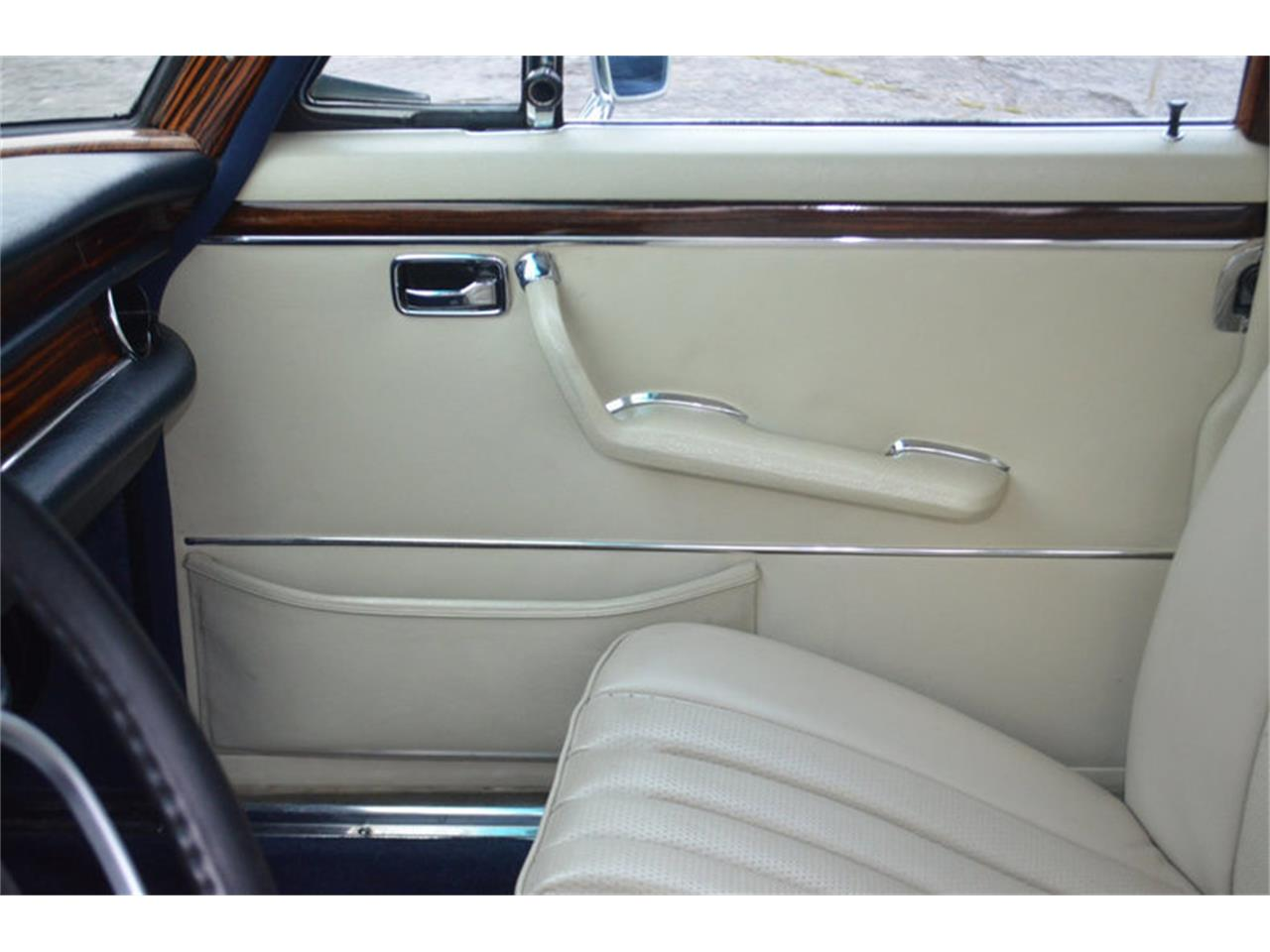 Large Picture of Classic '69 Mercedes-Benz 300SEL located in Lebanon Tennessee - $78,800.00 Offered by Frazier Motor Car Company - MEJ6