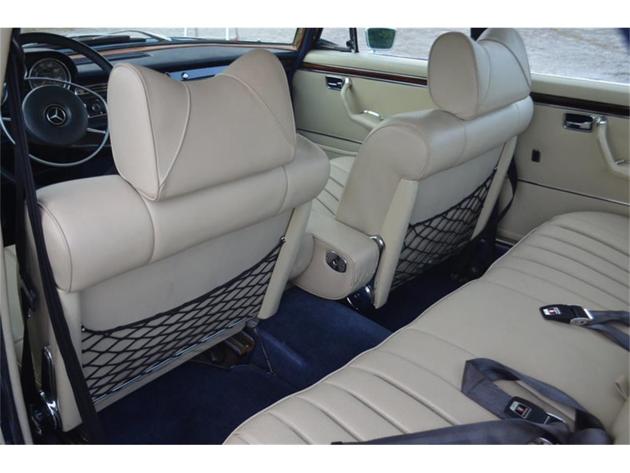 Large Picture of Classic '69 300SEL Offered by Frazier Motor Car Company - MEJ6