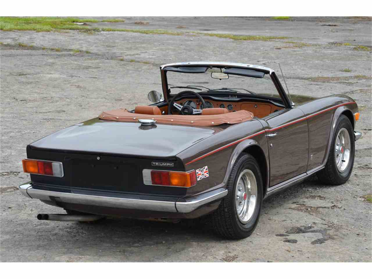 Large Picture of '73 TR6 - MEJR