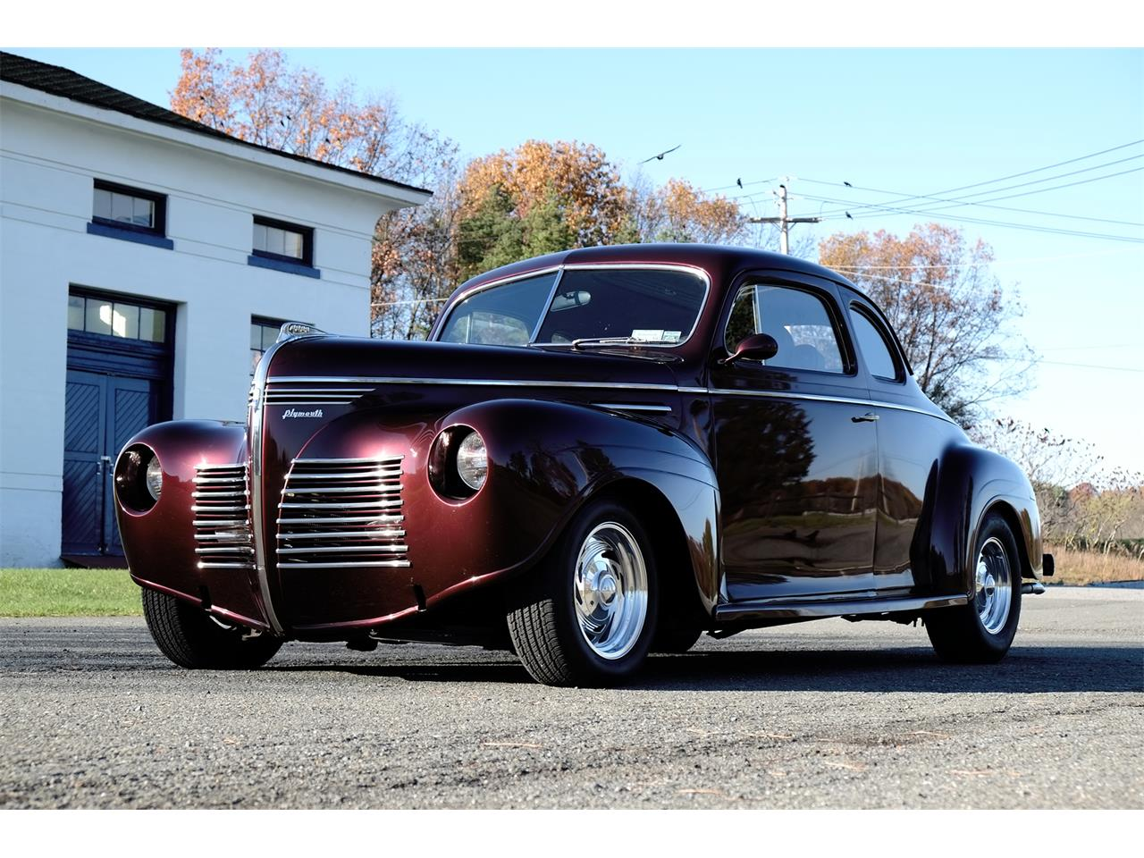 Large Picture of Classic 1940 Deluxe Offered by Automotion - MEJY
