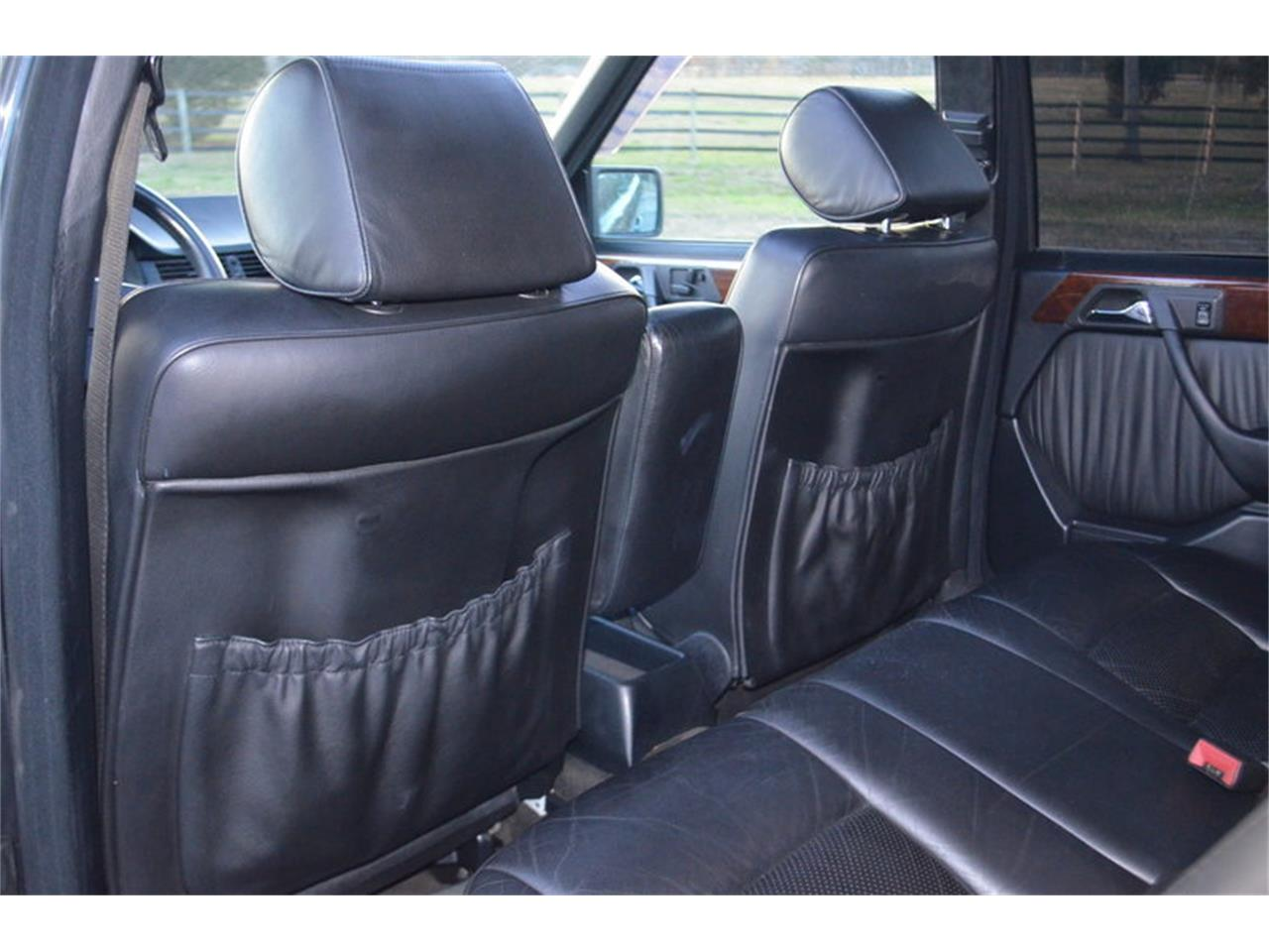 Large Picture of '90 Mercedes-Benz 300E located in Lebanon Tennessee Offered by Frazier Motor Car Company - MEK4