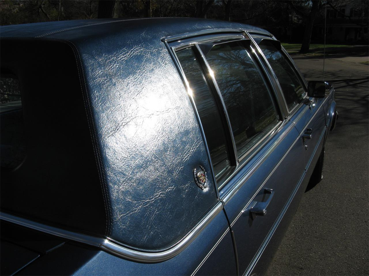 Large Picture of 1989 Cadillac Brougham - $15,500.00 - MEKB