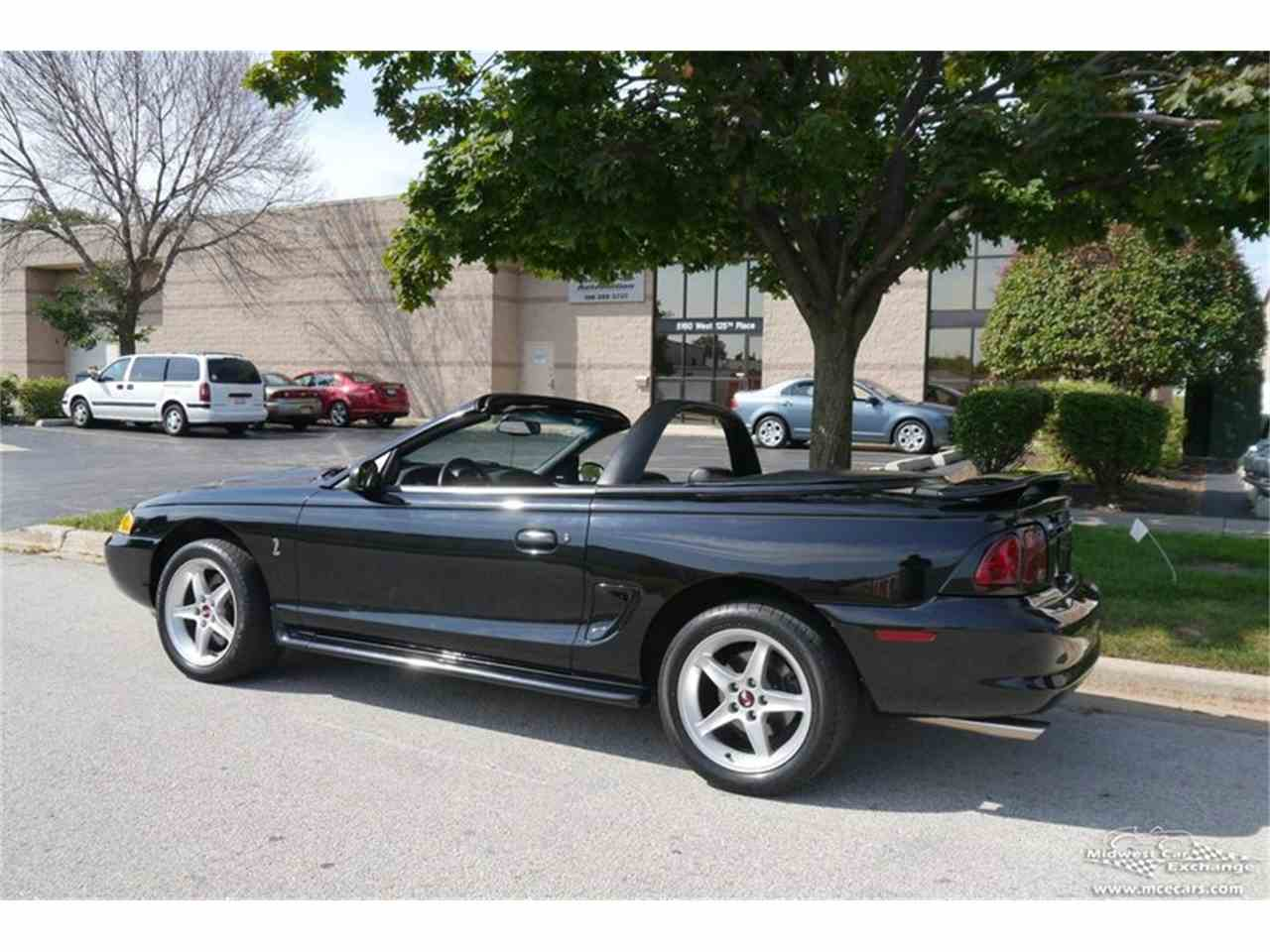 Large Picture of '97 Ford Mustang SVT Cobra Offered by Midwest Car Exchange - MELK