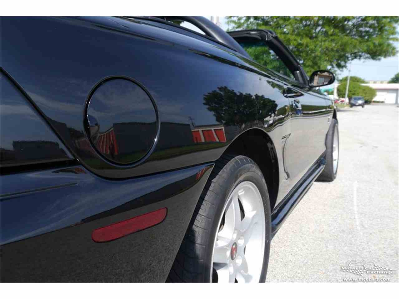 Large Picture of 1997 Ford Mustang SVT Cobra located in Illinois Offered by Midwest Car Exchange - MELK