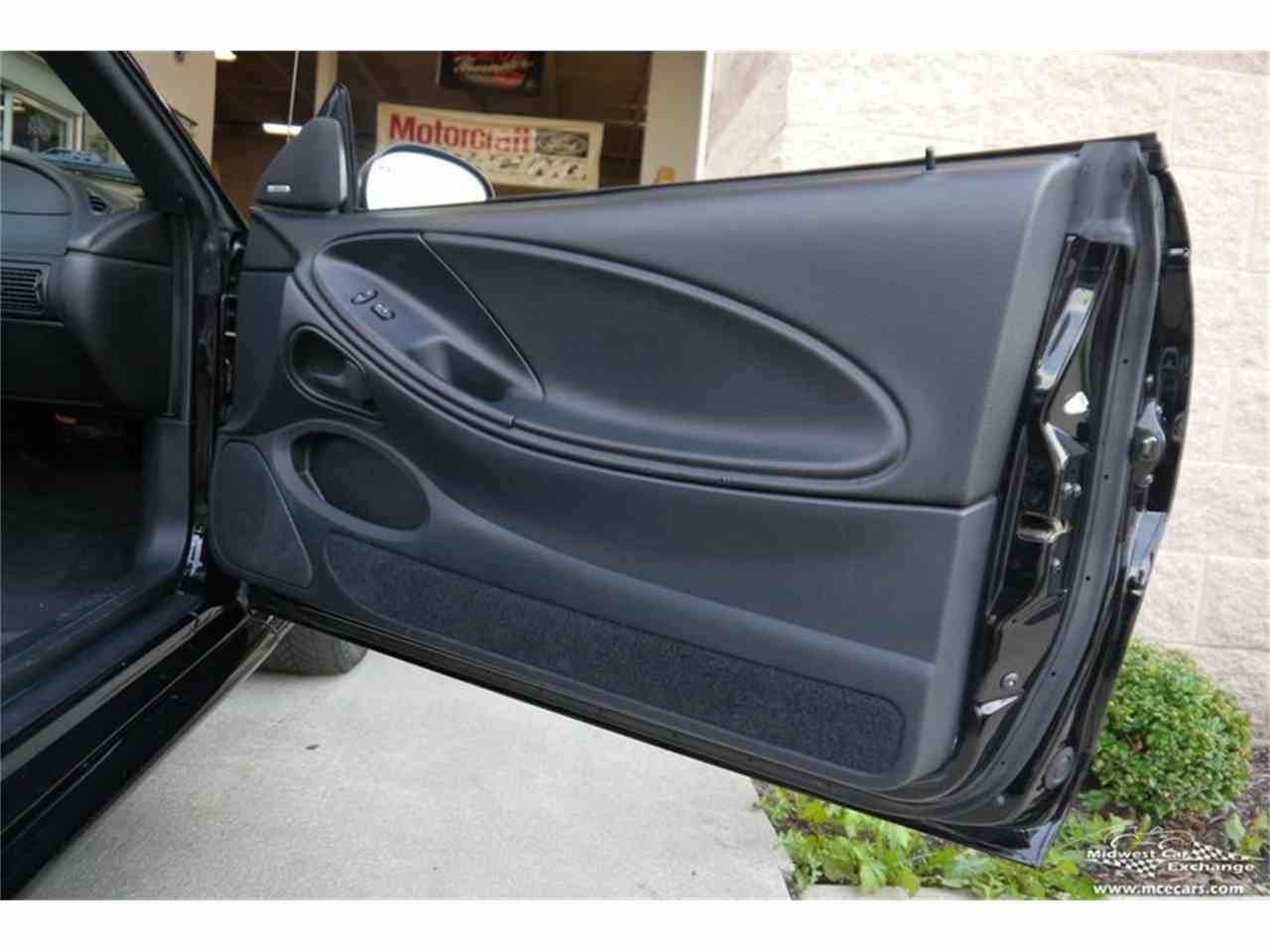 Large Picture of '97 Ford Mustang SVT Cobra - $16,900.00 Offered by Midwest Car Exchange - MELK