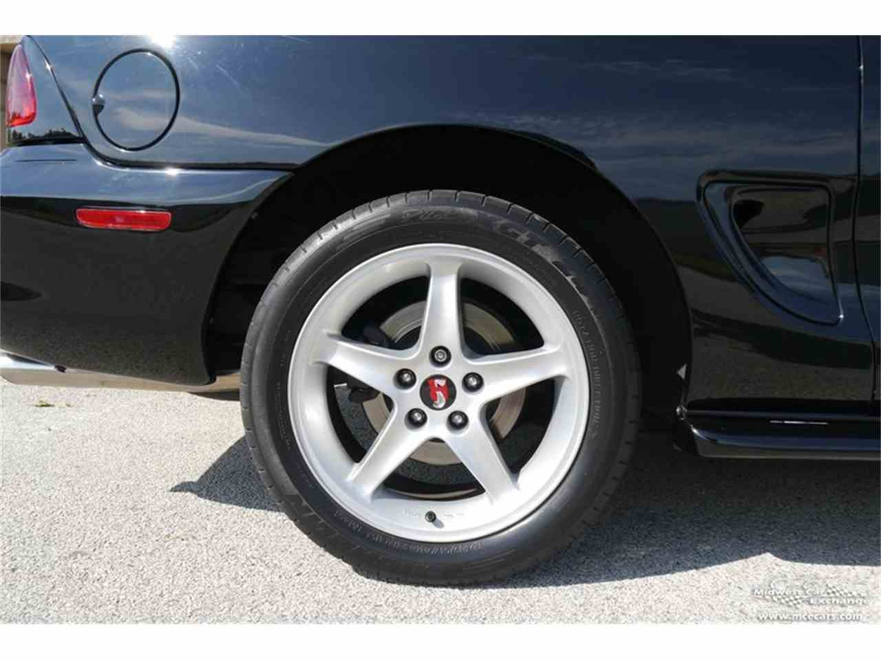 Large Picture of 1997 Mustang SVT Cobra - $16,900.00 Offered by Midwest Car Exchange - MELK
