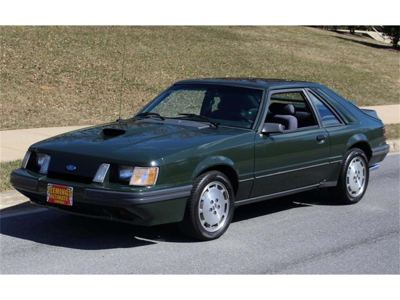 Large picture of 1985 ford mustang located in maryland meni