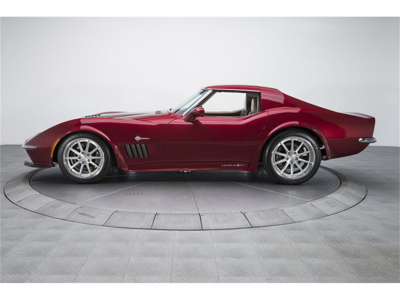 Large Picture of '72 Corvette - MEO2