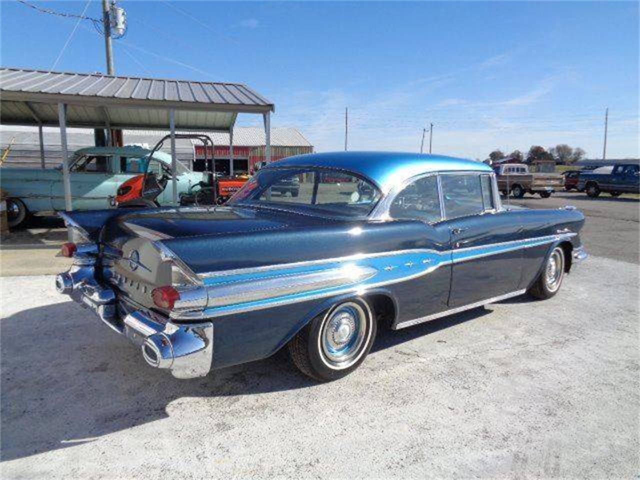 Large Picture of '57 Chieftain - MEOV
