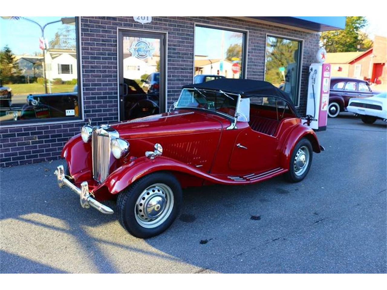 Large Picture of Classic 1952 MG TD located in Stratford Wisconsin - $16,900.00 Offered by Kuyoth's Klassics - MEPQ