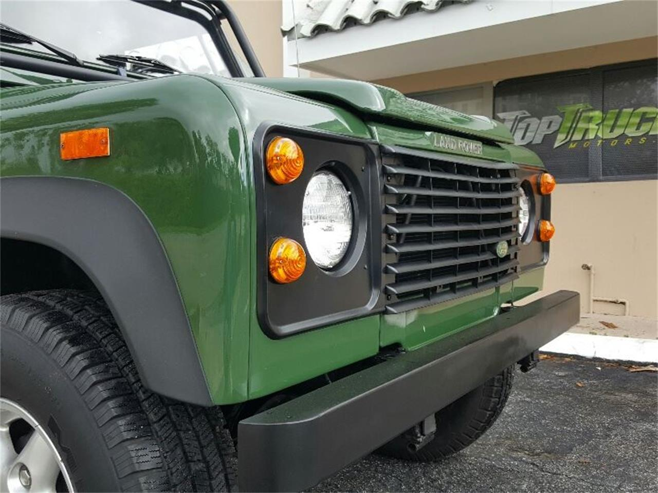 Large Picture of '94 Defender located in Delray Beach Florida - $51,500.00 Offered by Pedigree Motorcars - MERG