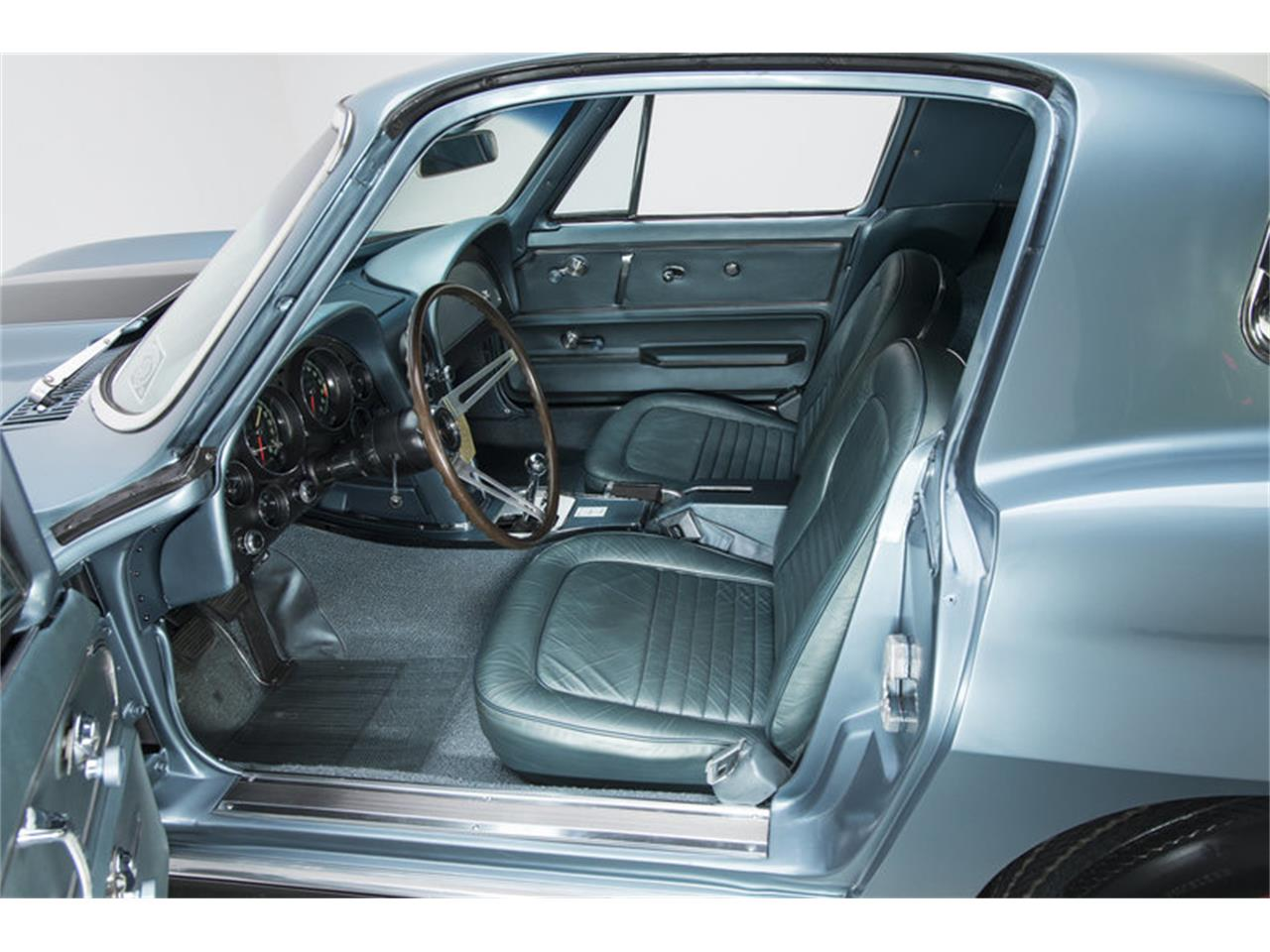 Large Picture of '67 Corvette - $129,900.00 - MESF